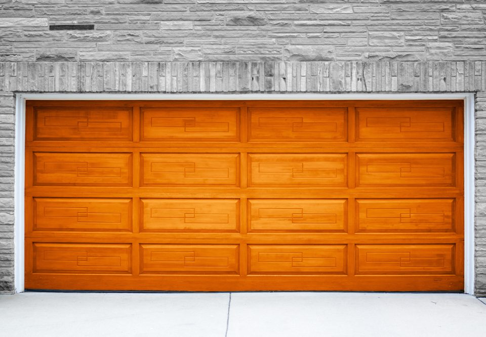 Color Trends for 2017 Garage Doors